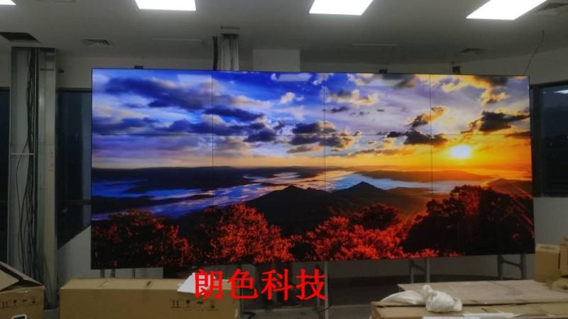 重庆茶园5.5寸0.88MM液晶拼接屏(朗色科技)